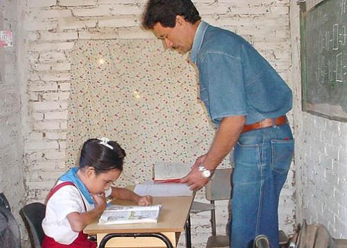 Ramón y Berlaines en una sesión de clase / Foto Luis Carlos Palacios